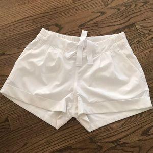 Size 6 white spring breakaway shorts